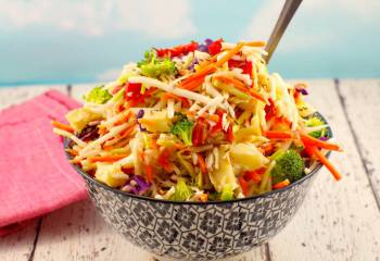 Roasted Red Pepper And Artichoke Slaw