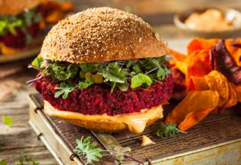 Syn Free Beetroot And Quinoa Burgers | Slimming World Recipe