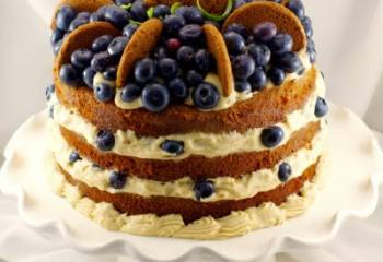 Old Fashioned Gingerbread Cake Blueberry Cookie Butter Filling