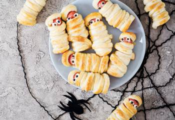 Spooky Low Syn Sausage Mummies