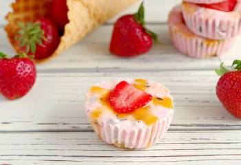 Strawberry Drumstick Frozen Yogurt Cups: Weight Watchers Friendly