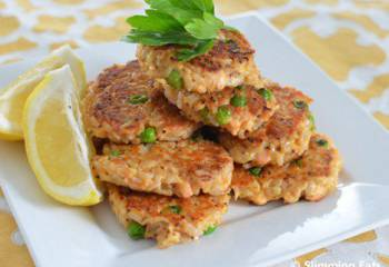 Mini Salmon And Brown Rice Cakes