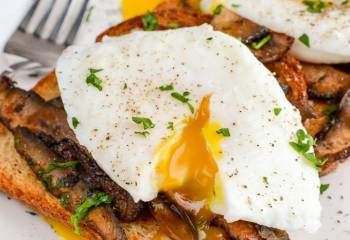 Poached Eggs Over Garlic Mushrooms