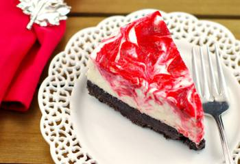 Rhubarb Red & White Chocolate Light No Bake Cheesecake