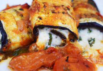 Low Carb Aubergine Pizza Rolls