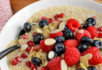 Coconut Quinoa Pudding Breakfast Bowl | Slimming World