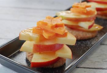 Cosmic Caramel Apple Pie &Amp; Cheddar Bites- A Healthy Apple Snack!