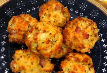 Low Syn Cheese & Bacon Scones | Slimming World