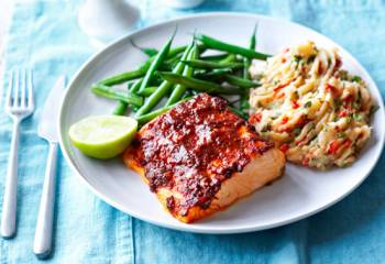 Baked Spiced Salmon With Green Beans And Herby Mash