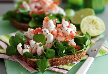 Open Sandwiches With Prawn, Tomato And Lime Mayonnaise