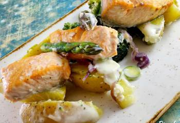 Low Syn Salmon, Broccoli And Potato Bake | Slimming World