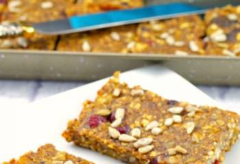 Vegan Fruit & Oatmeal Bar Recipe