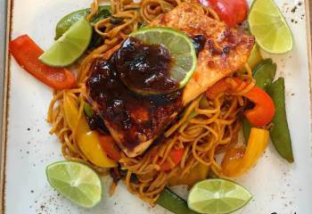 Syn Free Teriyaki & Chilli Salmon With Noodles