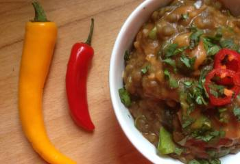 Chicken, Green Lentil And Spinach Curry