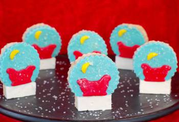 Snow Globe Christmas Rice Krispie Treats