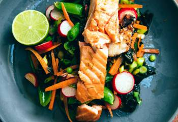 Honey Soy Salmon With Seaweed Salad