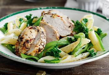 Slimming Worlds Garlic And Thyme Chicken With Vegetable Penne Recipe