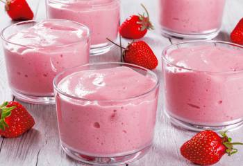 Low Syn Strawberry Mousse | Slimming World Recipe