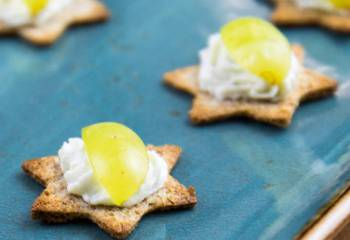 Whipped Blue Cheese Crostini - Slimming World